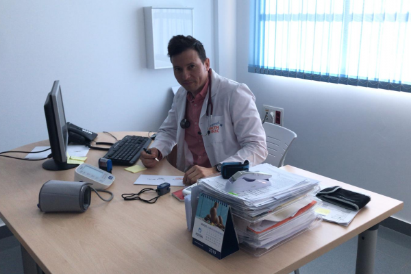 Medical Director of Camposol Health Clinic - Coronavirus Q&A post image on the-journal.es
