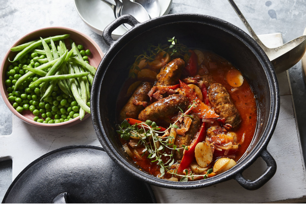 Sausage and Red Pepper Hotpot post image on the-journal.es