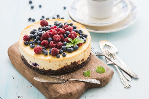 Easy New York Baked Cheesecake