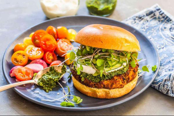 Veggie Indian burger post image on the-journal.es