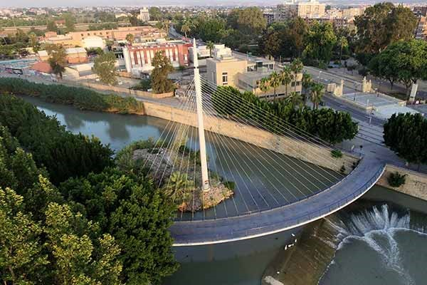 Crossing the river bridge by bridge in the City of Murcia image 1