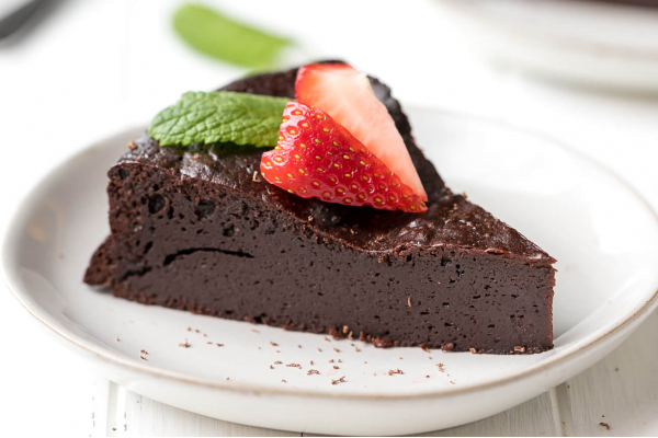 Ultimate flourless chocolate Torte post image on the-journal.es