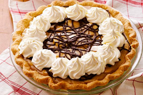 Butterscotch banana pie
