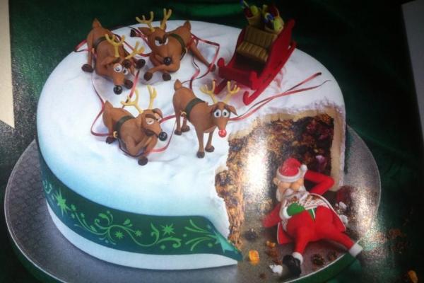 Christmas Cake image 1