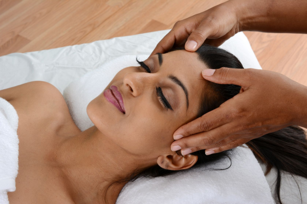 Scalp Massage, Does It Cause Hair Growth, Other Benefits & How To Do It
